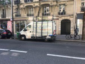 camion de vitrerie